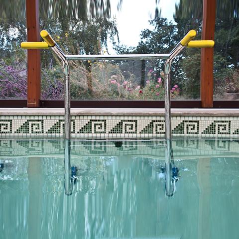 piscine soin bien être echelle
